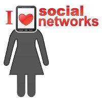 Frau mit I love social networks